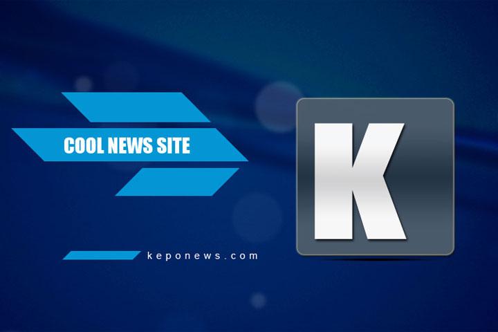 Pabrik dengan atap biru di Xinjiang