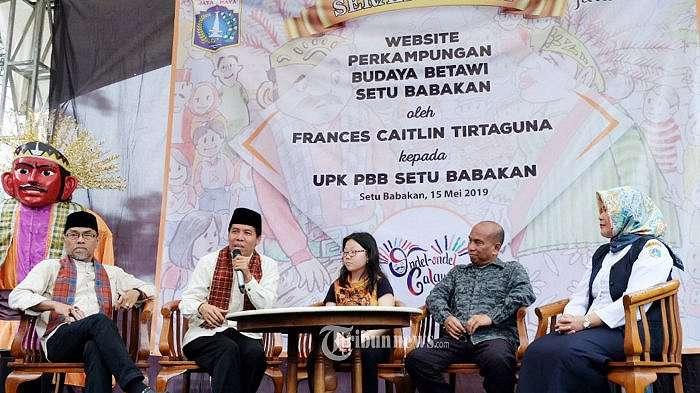 Gadis Cilik Frances Caitlin Tirtaguna Luncurkan Website PBB Setu Babakan.