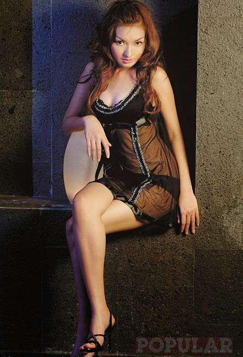 Foto Hot Eline Santie In Black Lingerie