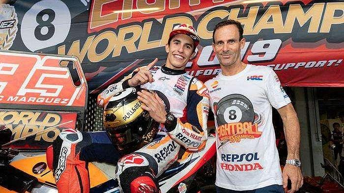 Marc Marquez dan Alberto Puig (manajer tim Repsol Honda)