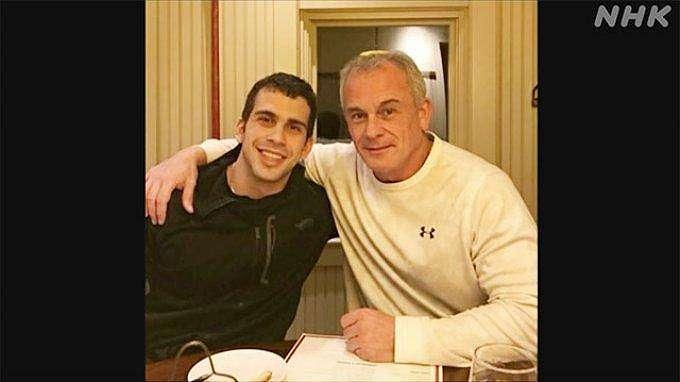 Michael Taylor dan putranya, Peter Taylor mantan Green Barret AS, membantu pelarian mantan Chairman Nissan Jepang Carlos Ghosn dan mendapat bayaran sedikitnya 180 juta dolar AS.