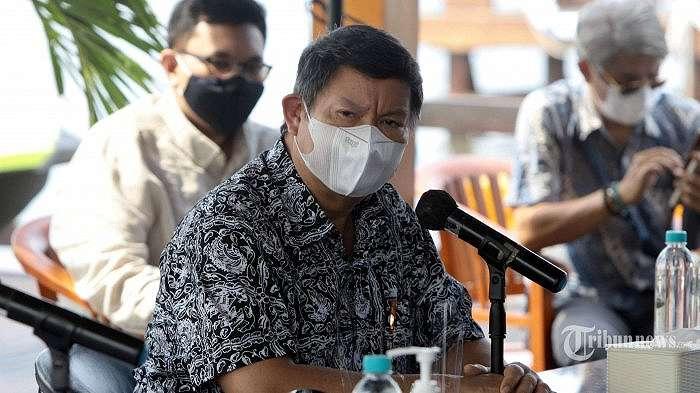 Politisi Gerindra yang juga adik Menteri Pertahanan Prabowo Subianto, Hashim Djojohadikusumo bersama anaknya, Rahayu Saraswati Djojohadikusumo dan pengacara Hotman Paris menggelar konferensi pers terkait hak jawab atas kasus ekspor benih lobster (benur), di Jakarta Utara, Jumat (4/12/2020). Pada kesempatan tersebut, Saraswati Djojohadikusumo membantah keterkaitan perusahaan yang dimilikinya dengan kasus suap ekspor benur yang menjerat Menteri Kelautan dan Perikanan (KKP), Edhy Prabowo. Tribunnews/Herudin