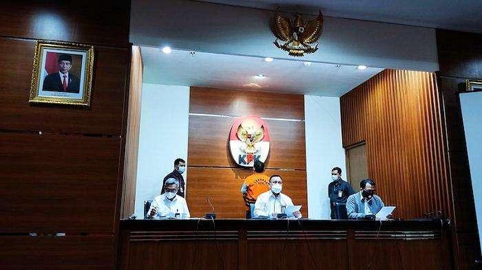 Komisi Pemberantasan Korupsi (KPK) akhirnya menahan Direktur PT Aldira Berkah Abadi Makmur (ABAM) Rudi Hartono Iskandar (RHI) pada hari ini, Senin (2/8/2021).