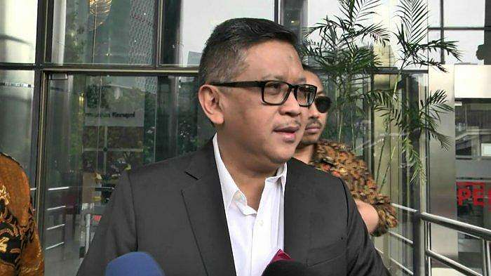 Sekjen PDIP Hasto Kristiyanto diperiksa penyidik KPK, Gedung Merah Putih KPK, Jakarta, Jumat (24/1/2020)