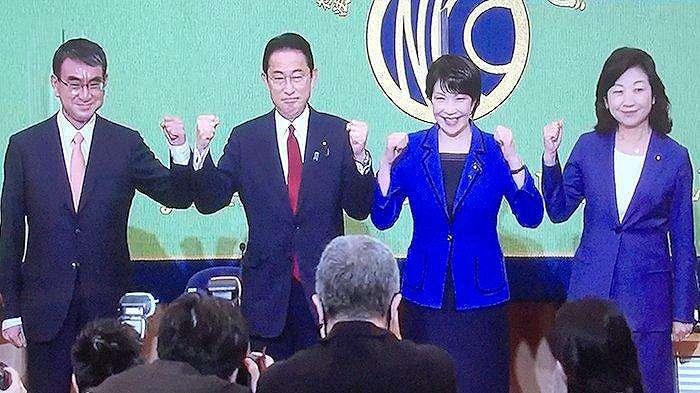 Empat kandidat Presiden LDP dari kiri ke kanan: Taro Kono, Kishida, Takaichi dan Noda dalam debat calon di Klub Wartawan Jepang, Sabtu (18/9/2021) selama dua jam.