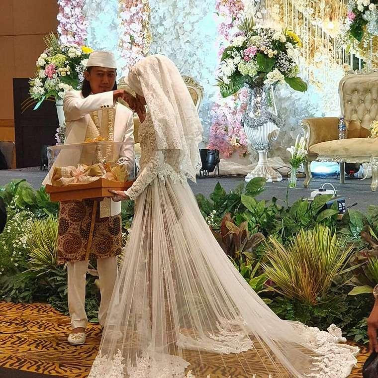 Momen pernikahan kedua Ade Jigo Instagram