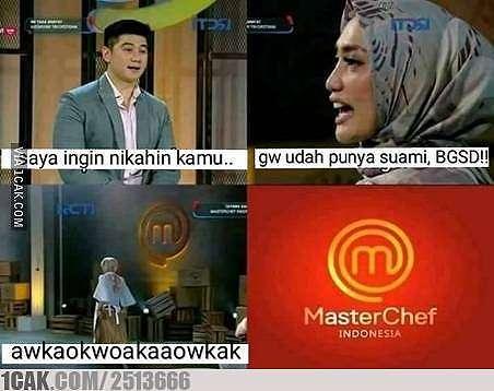 Meme Chef Arnold saat nilai masakan © 2020