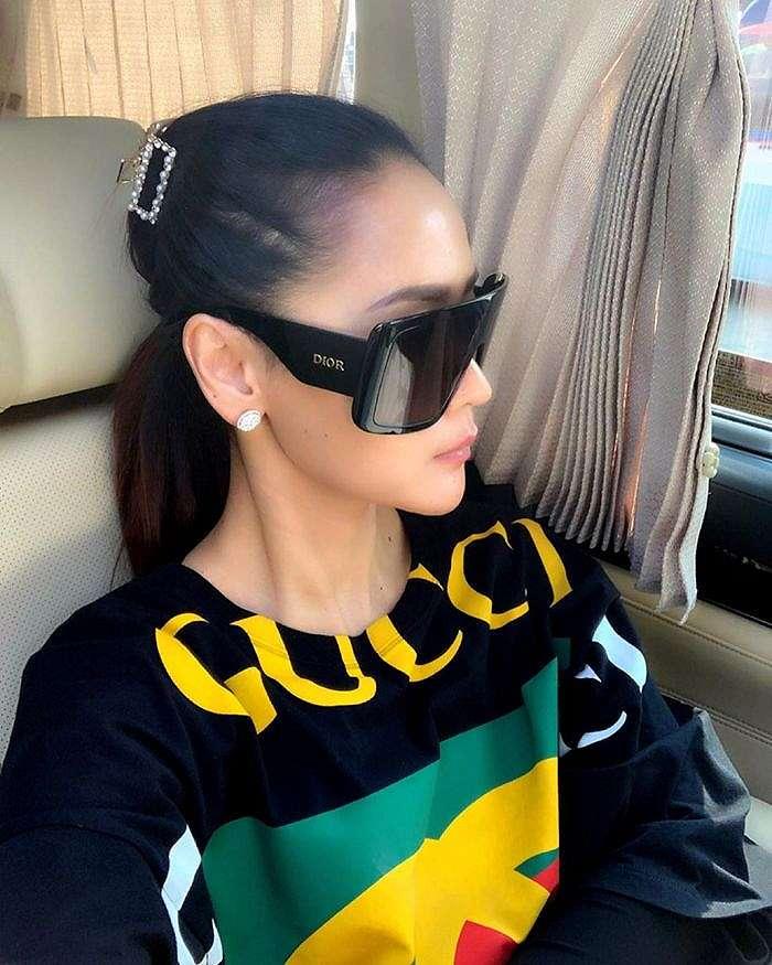 fashion item Inul Daratista harganya selangit Instagram/@inul