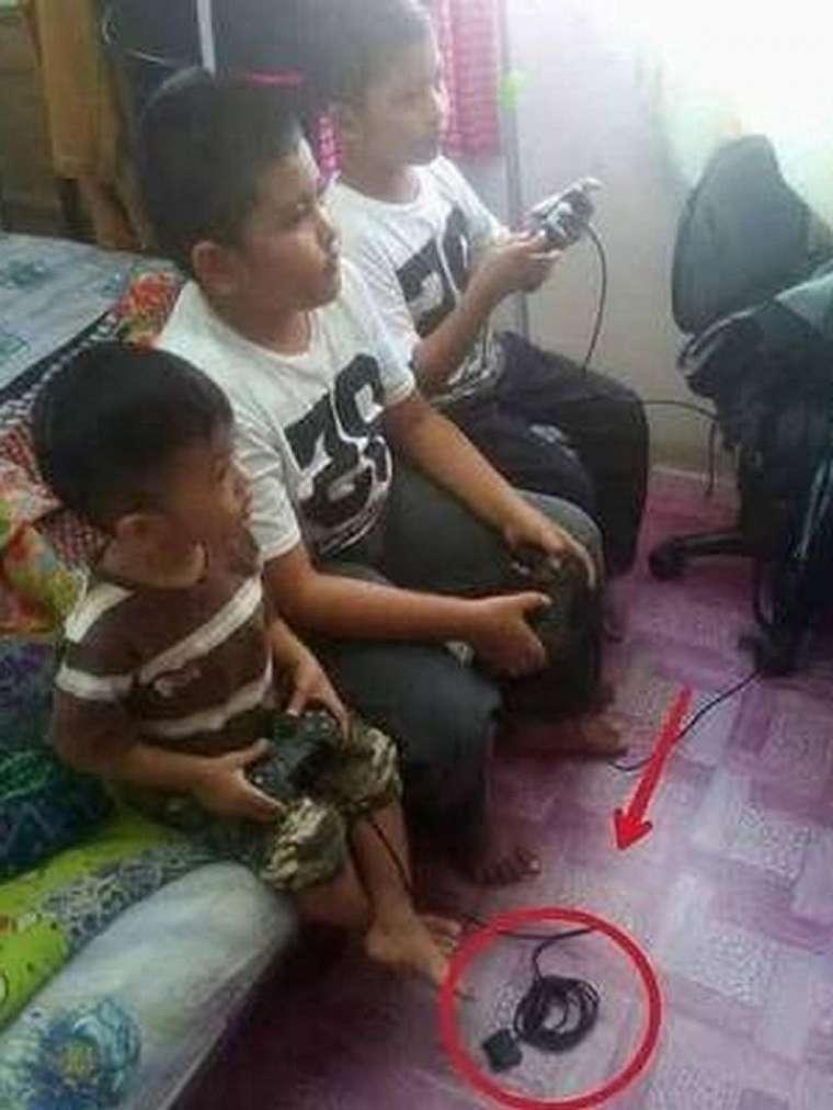 kelakuan kocak anak gamer © 2020