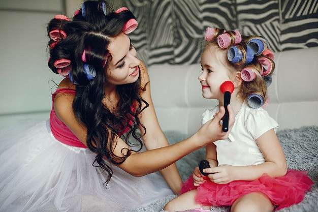 tips makeup aman untuk si kecil    2020