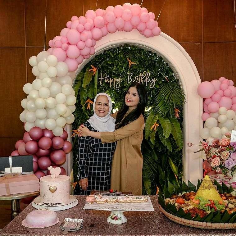 ulang tahun Annisa Pohan ke-39    2020/ Instagram