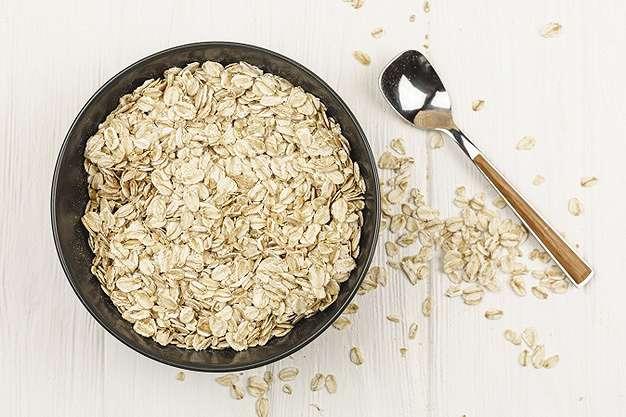 Cara membuat masker oatmeal dan kopi freepik.com