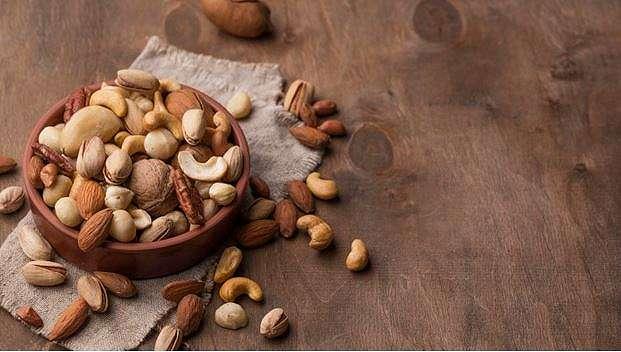 7 camilan sehat untuk diet    freepik.com