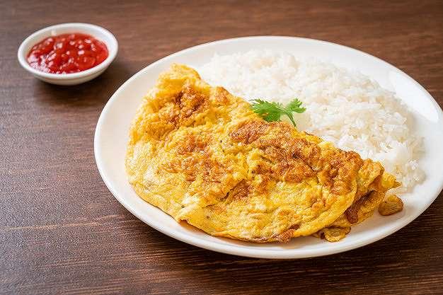 4 Cara memasak telur dadar mudah agar gurih dan renyah    freepik.com