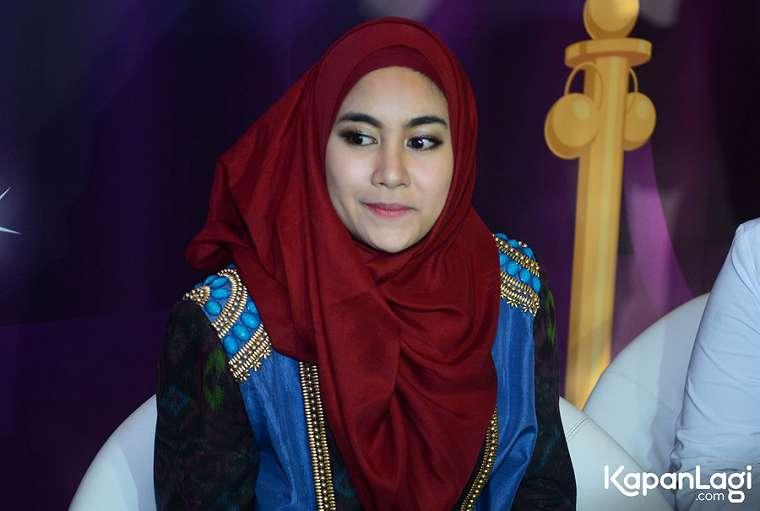 Anisa Rahma sudah mencari baju dan kue untuk lebaran nanti  KapanLagi.com/Bayu Herdianto