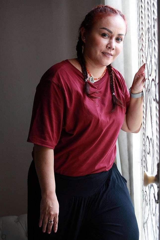 Mak Vera disebut doyan judi oleh mantan artis asuhannya, Fahmi Aditian © KapanLagi.com/Muhammad Akrom Sukarya
