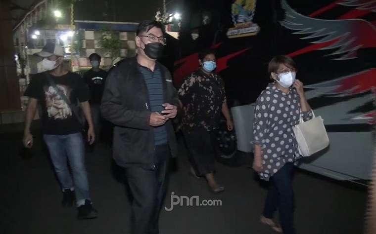 Lihat Nih, Polisi Jemput Pengelola Rumah Duka di Karawang demi Usut Kartel Kremasi