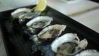 Kuliner oyster di Fisherman's Pier (Randy/detikTravel)