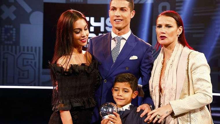 Ronaldo, FIFA