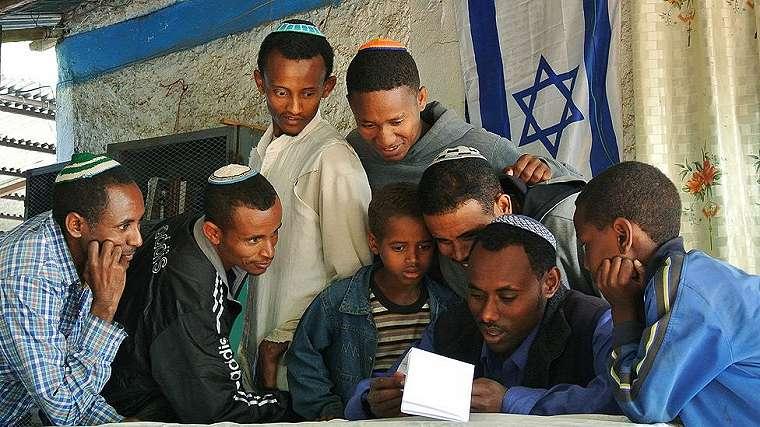Falash Mura di sinagod di Gondar pada 2012.