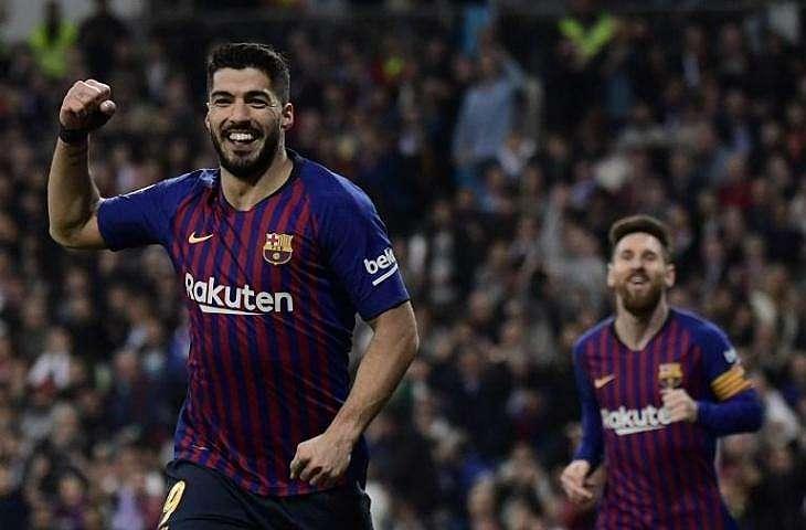 Luis Suarez saat mencetak gol pada kemenangan Barcelona atas Real Madrid dengan skor 3-0 pada leg kedua semifinal Copa del Rey, Kamis (28/2/2019) dini hari WIB. (JAVIER SORIANO/AFP).