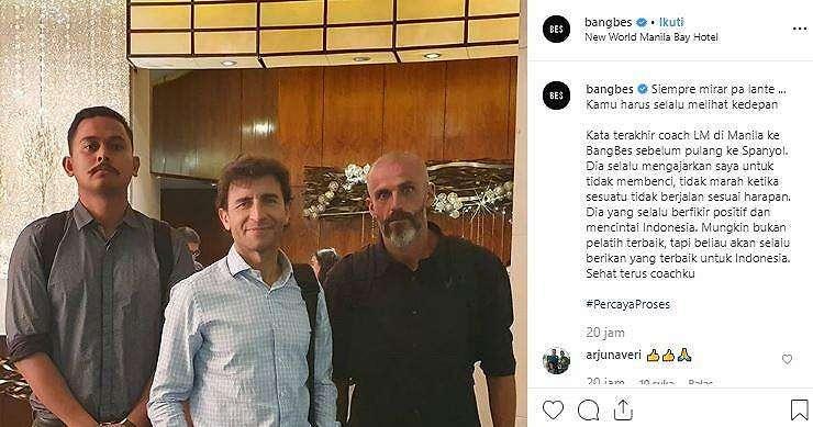 Bang Bes bersama Luis Milla dan Eduardo Perez. (Instagram/@bangbes).