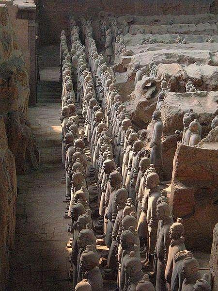 Makam Kaisar Cina. (Wikipedia/Own work)