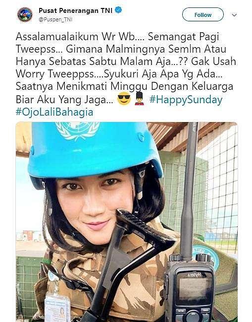Cewek cantik. (twitter/Puspen_TNI)