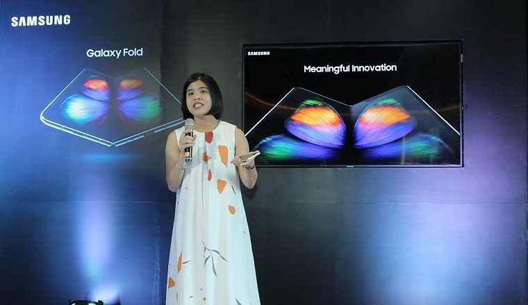 Annisa Maulina, Product Marketing Manager Samsung Mobile mempresentasikan antusiasme konsumen Indonesia pada Samsung Galaxy Fold. (Samsung)