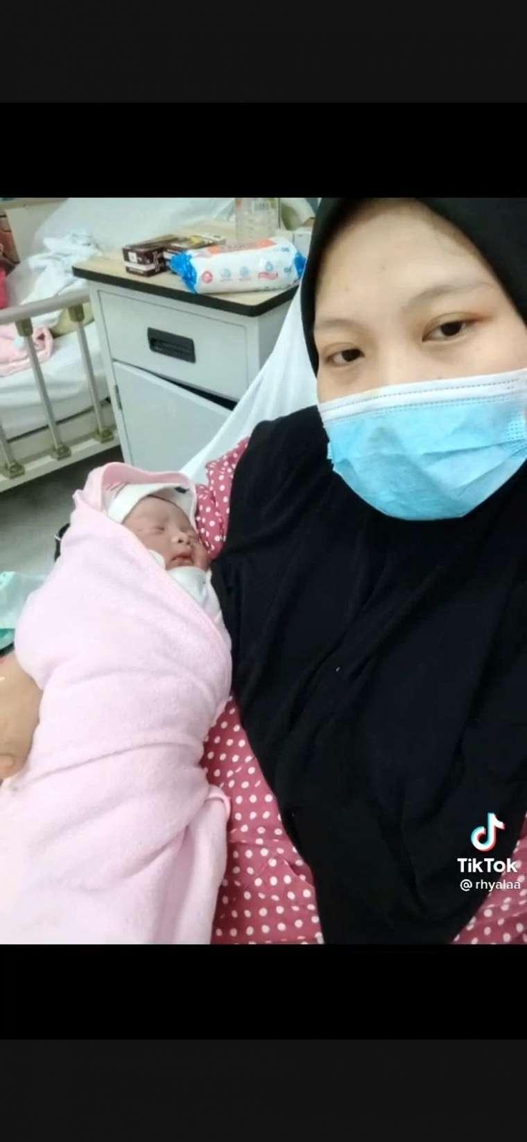Salah Prediksi Jenis Kelamin, Bayi Laki-laki Ini Dipakaikan Ibunya Perlengkapan Pink. (Dok: TikTok/@rhyalaa)