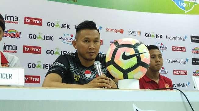 Pelatih PS TNI Rudy Eka Priyambada. (suara.com/Adie Prasetyo)