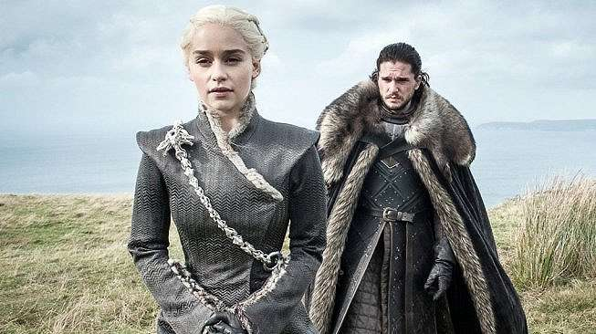 Daenerys Targaryen dan Jon Snow di serial Game of Thrones. [HBO]
