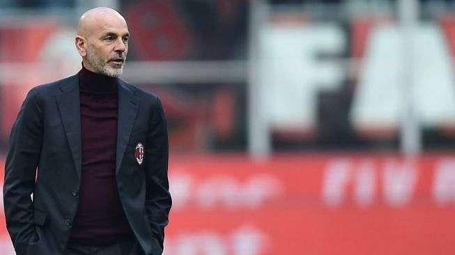 Pelatih AC Milan, Stefano Pioli. [Miguel MEDINA / AFP]