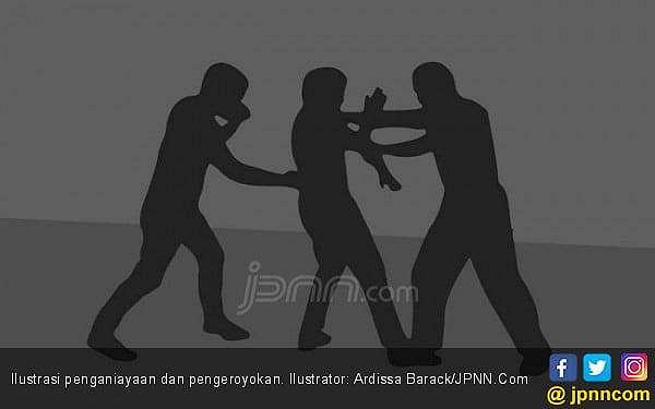 Detik-detik Sulaiman Dikeroyok, Dibacok Parang, Edan