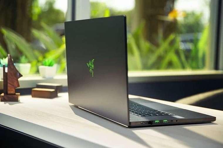 Razer Blade Pro 17 2020: Laptop Gaming dengan Nvidia GeForce 2080 Super Max-Q untuk Gamer dan Konten Kreator 19 fitur razer blade pro 17 2020, harga razer blade pro 17 2020, razer, razer blade pro 17 2020, spesifikasi razer blade pro 17 2020