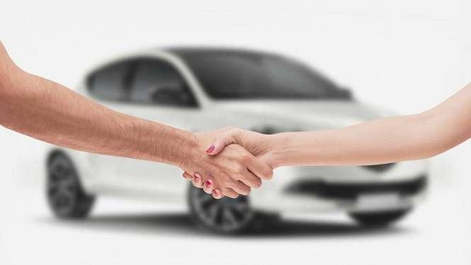 Ilustrasi membeli mobil.
