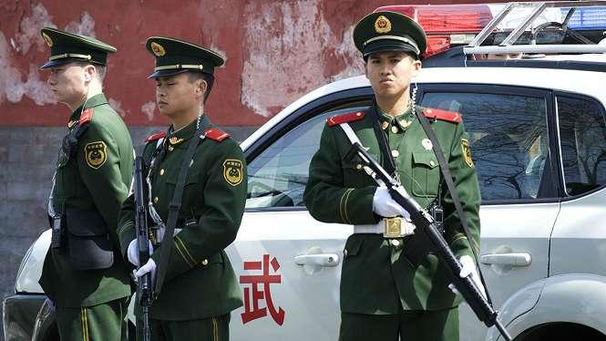Ilustrasi polisi China
