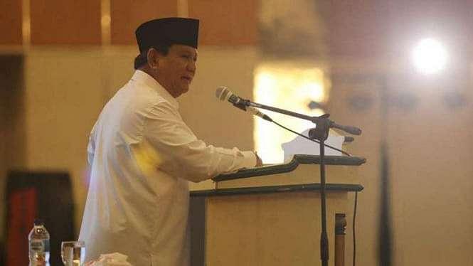 Calon presiden nomor urut 02 Prabowo Subianto saat pidato di Jakarta, Minggu 3 Maret 2019.