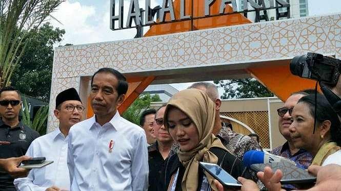 Jokowi resmikan Halal Park di Senayan.