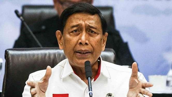Menteri Koordinator Bidang Politik, Hukum, dan Keamanan (Menko Polhukam), Wiranto