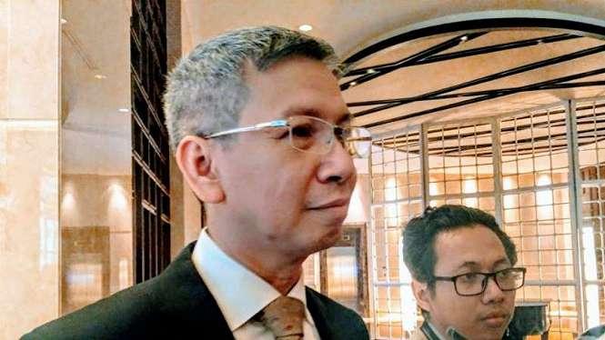 Komisaris PT Garuda Indonesia (Persero) Tbk, Chairal Tanjung, mewakili PT Trans Airways, usai Rapat Umum Pemegang Saham Tahunan di Jakarta, Rabu, 24 April 2019.