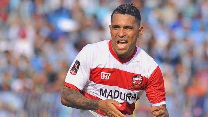 Penyerang Madura United, Alberto Beto Golcalves