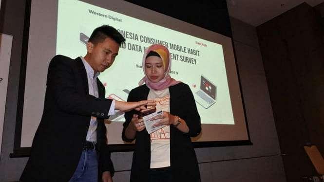 Hampir 79 Persen Data Smarphone Hilang. Ini Cara Atasinya. (FOTO: Mochamad Ali Topan).