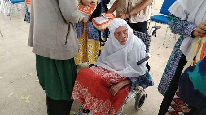 Nenek Siti Hawariyah Utuh Hasan (92), jemaah tertua di Kalimantan Selatan