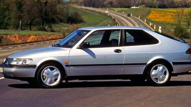 Mobil Saab buatan Swedia