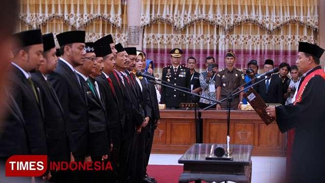 Pelantikan anggota DPRD Kota Probolinggo. Dari 30 anggota, keterwakilan perempuan hanya lima orang (foto: Ryan/TIMES Indonesia)