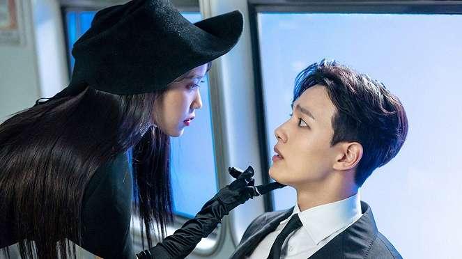 Drama Korea Hotel Del Luna