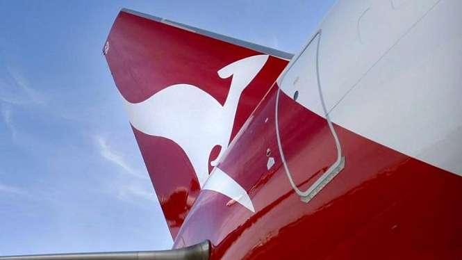 Qantas telah memeriksa setengah dari 75 pesawat jenis Boeing 737 yang mereka operasikan dan menemukan adanya keretakan pada 3 pesawat.