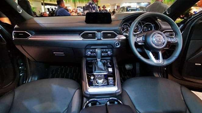 Interior Mazda CX-8