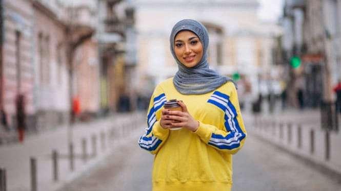Ilustrasi wanita berhijab/muslim.